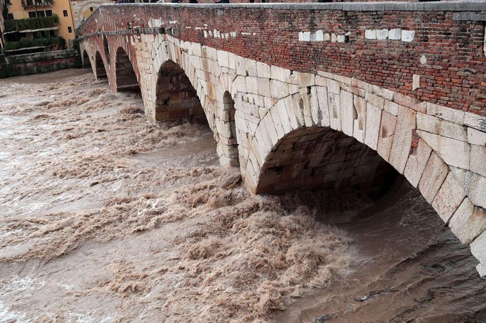 Sulla manutenzione delle infrastrutture italiane